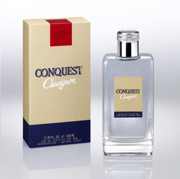 2_Chevignon Conquest_perfume with pack.jpg