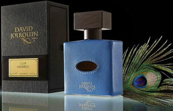 1_David Jourquin_Cuir Caraibes_perfume with pack.jpg