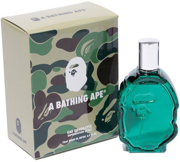 2_A Bathing Ape_with pack.jpg