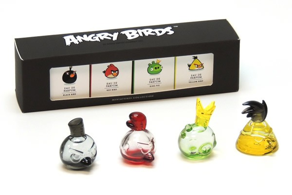 2_Angry Birds_perfumes_with pack.jpg