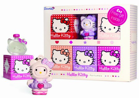 1_Hello Kitty Forever 2014.jpg