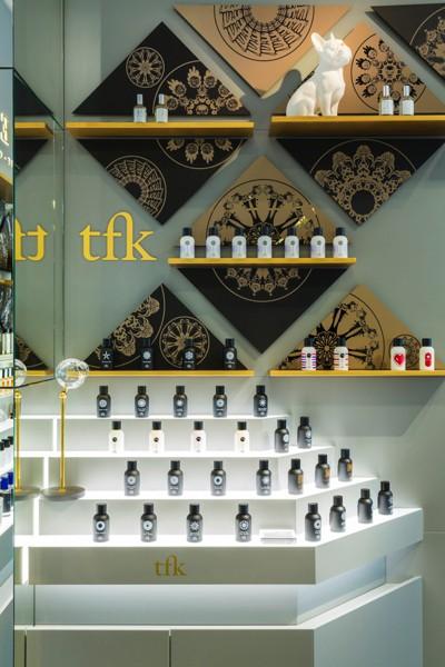 Avery Perfume Gallery_in Printemps Haussmann_2.jpg