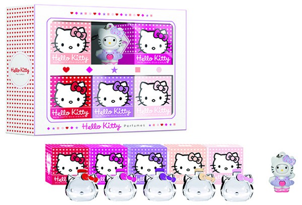 3_Hello Kitty Forever Set.jpg